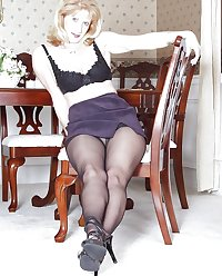 hotlegs-sammi pantyhose queen
