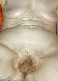 NUDE  OLD WOMAN