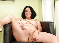 Matures, wives, milfs and grannies 131