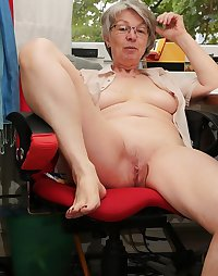 Grannies and Matures 17