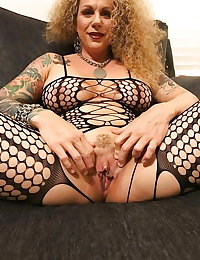 Gilf Gold 79 -CLICK THUMBS UP IF YOU LIKE
