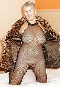 what a sexy granny