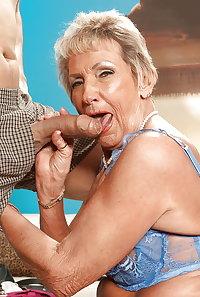 I licked a granny (and i liked it)
