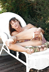 barefoot old whore