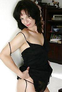 Milf Donna from OlderWomanFun