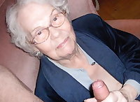 Granny Suck Best