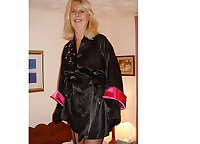 GRANNY LYNDSEY'S BLACK NYLONS HEELS AND GLOVES !