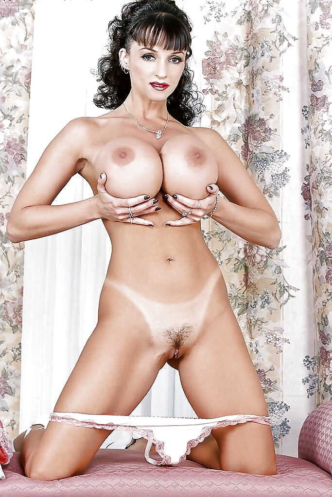 Секс фото анала сисястых