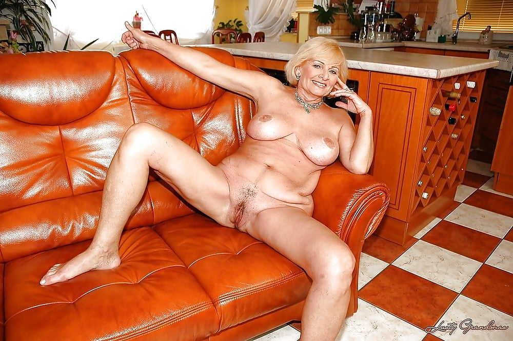 проститутки владимир постарше разлегся диване включил